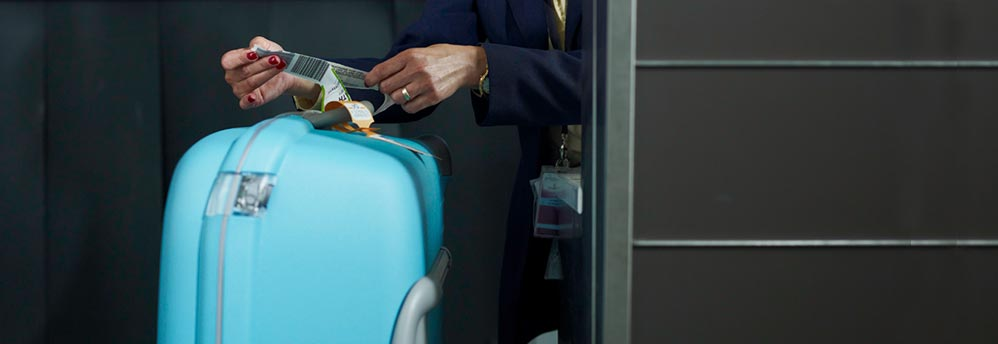 Save your precious time with swift and prompt baggage handling.